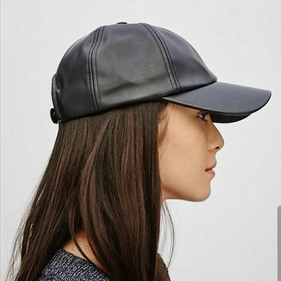 BNWOT Aritzia Black vegan leather hat
